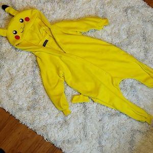 Pikachu kids cosplay onesie. Fits size 6 to 7